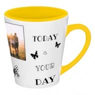 Hrnek latte, Motivační